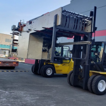 Can Ridge Industrial Moving Forklift